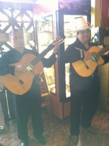 These jolly chaps played some lovely tunes