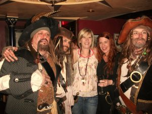 Bex and friend with some pirates in Durty Nellies Irish bar downtown.